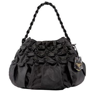 ...при этом очень красивая сумка, которую можно использовать круглый год.