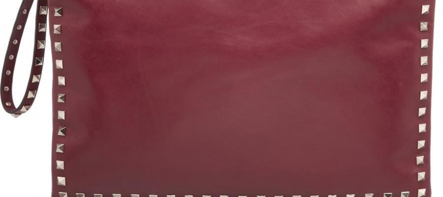 Новые клатчи от Valentino