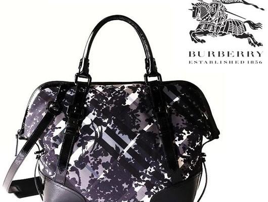 Цветочная сумка от Burberry