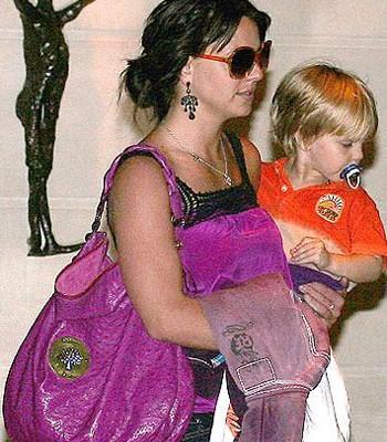 Бритни Спирс с сумкой от Mulberry