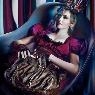 Вечность, Мадонна и Louis Vuitton