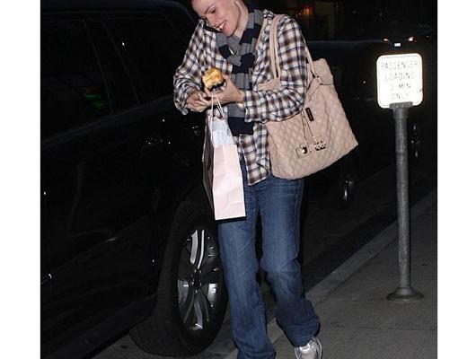Дженнифер Гарнер с сумкой от Marc Jacobs