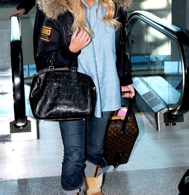 Джессика Симпсон и две сумки от Louis Vuitton