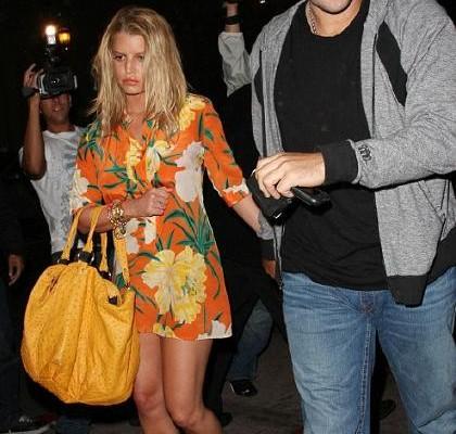 Джессика Симпсон с сумкой от Celine