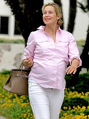 Келли Резерфорд с сумкой от Hermes