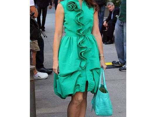 Кристин Дэвис с сумкой от Nancy Gonzalez