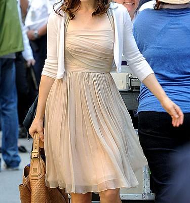 Рейчел МакАдамс c сумкой от Givenchy