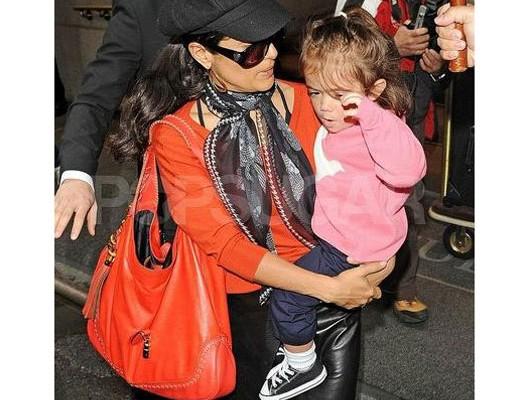 Сальма Хайек с сумкой от Gucci