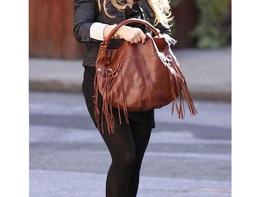 Хилари Дафф с сумкой от Rebecca Minkoff